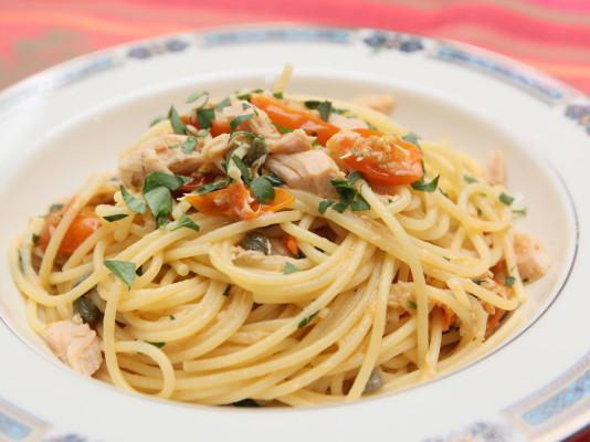 Spaghetti al Tonno (Spaghetti with Tuna)
